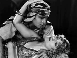the-son-of-the-sheik-de-george-fitzmaurice-avec-vilma-banky-rudolph-valentino-1926